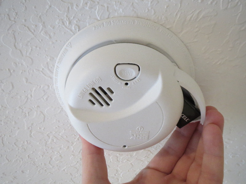 Chirping Smoke Detector Fix Or Replace It Zions Security