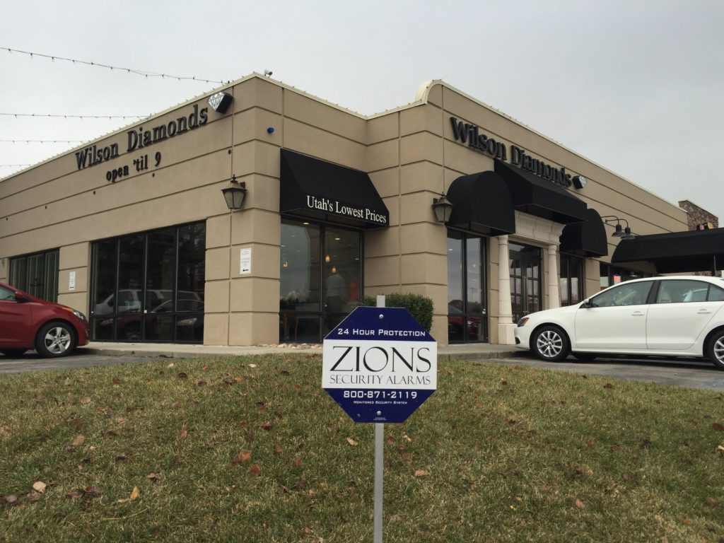 7 Tips to Protect your Jewelry Store