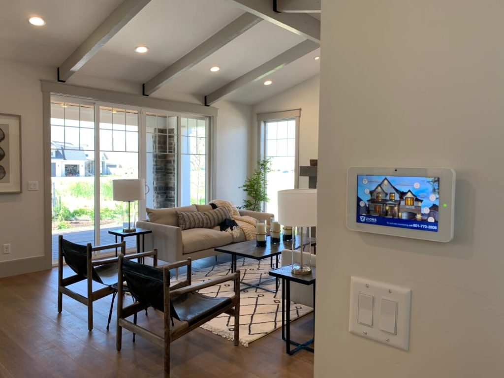 Many builders face the problem of what technology they should have in their new home now days. So here are 5 signs that your new home is lacking in technology.